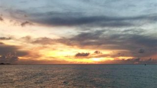 關島夕陽晚宴巡航・海釣・跳舞・晚餐・飲品無限暢飲、各式活動